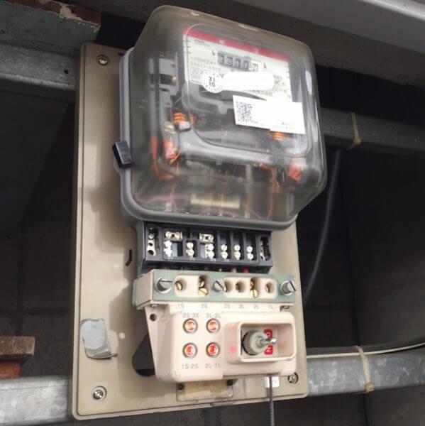 無停電装置取付